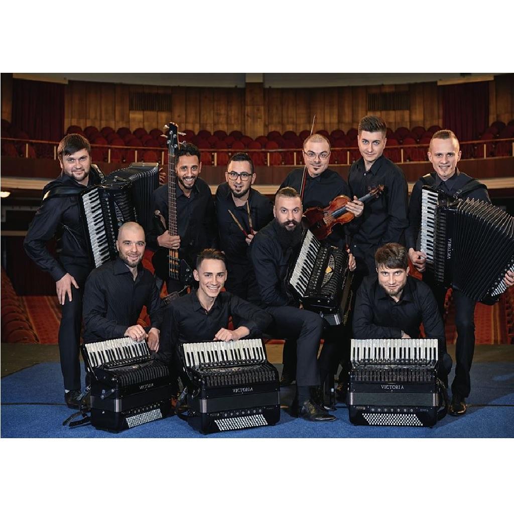 Concertino Accordion Band al Teatro Maria Caniglia a Sulmona (Aq) foto