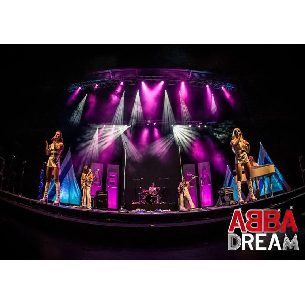 Abba Dream al Teatro Massimo a Pescara foto