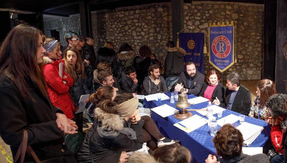 I Tavoli delle Professioni - IV Edizione all'Auditorium E. Fermi a Celano (Aq) foto