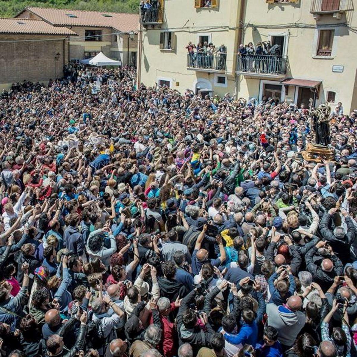 Cocullo rinviata la festa di San Domenico foto