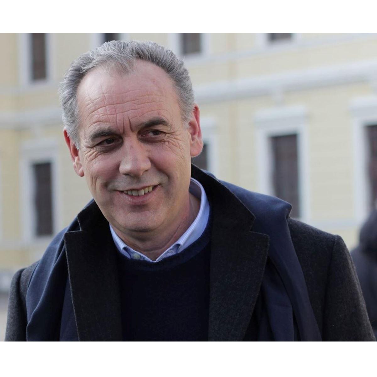 Giovanni Legnini 30 milioni alle imprese del cratere foto