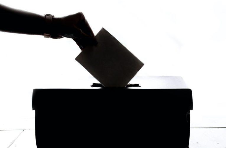 Rinviate le elezioni comunali previste per maggio