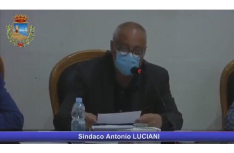 Antonio Luciani ieri ha abbandonato il Consiglio Comunale
