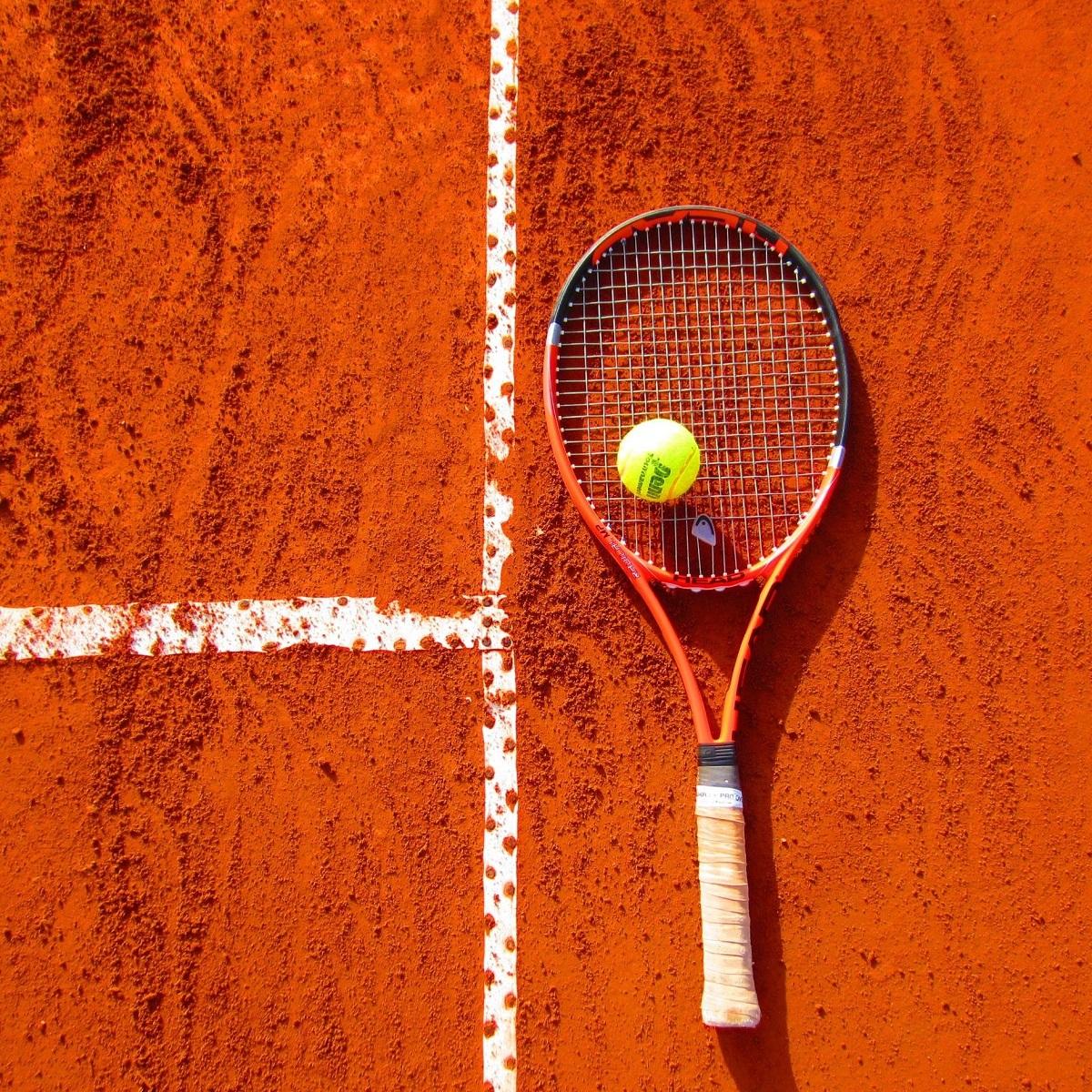 Regione Abruzzo riaprono i campi da tennis foto