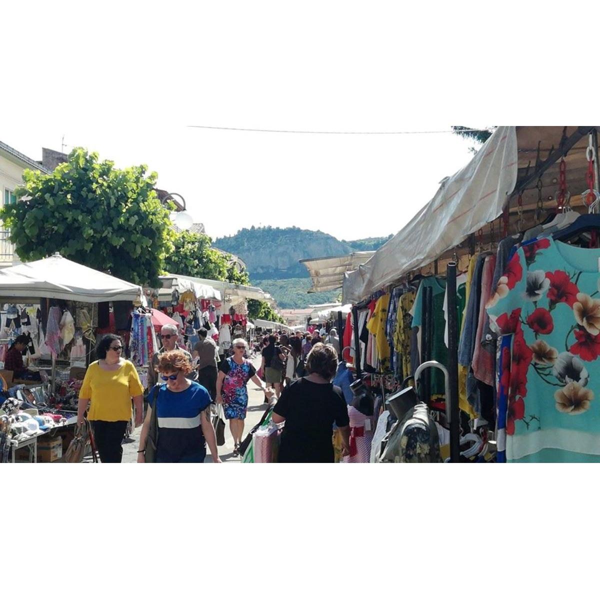 Scafa riapre il mercato del giovedì dal 28 maggio foto