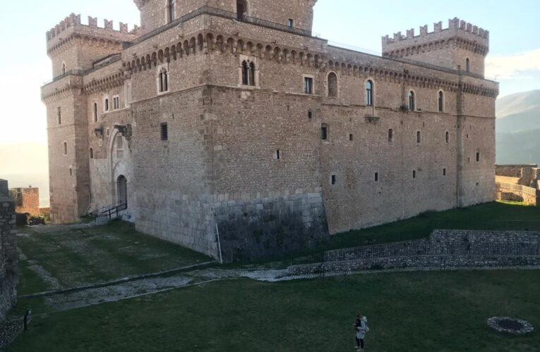2 giugno 2020 riapre il Castello Piccolomini