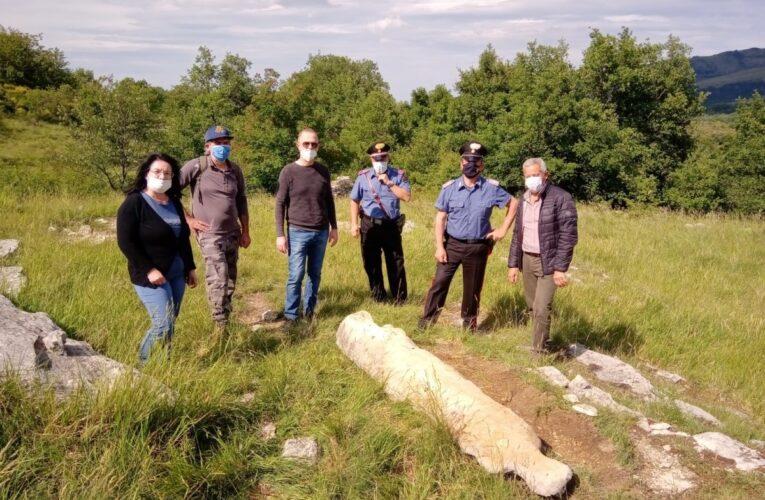 Abbateggio: ritrovata una stele di oltre due metri