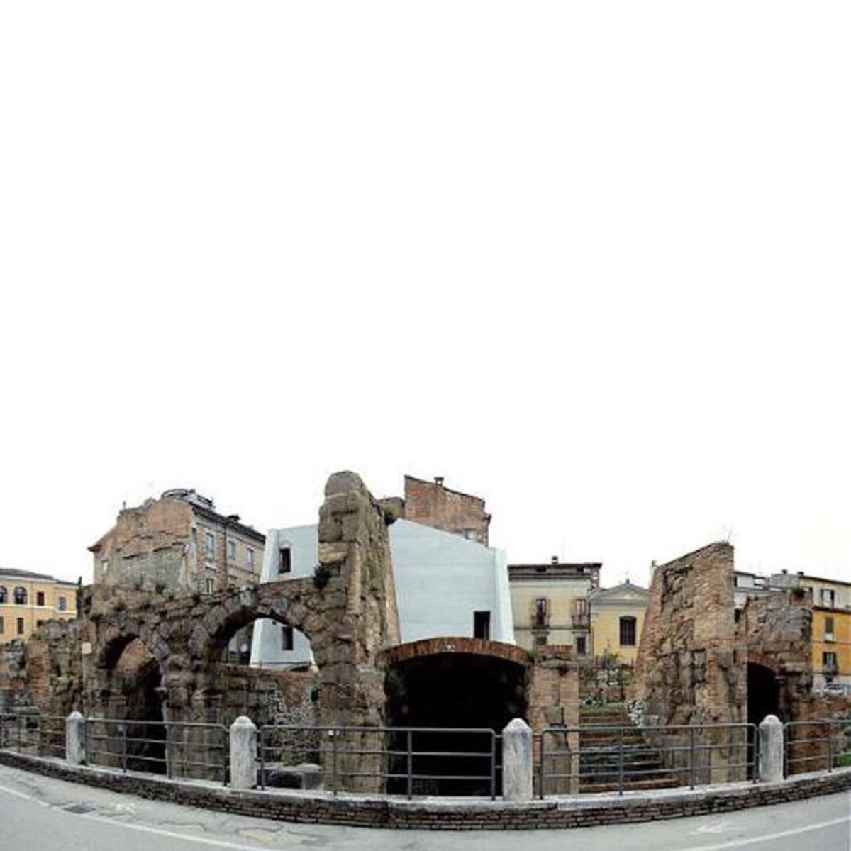 Teatro Romano di Teramo torna a nuova vita foto