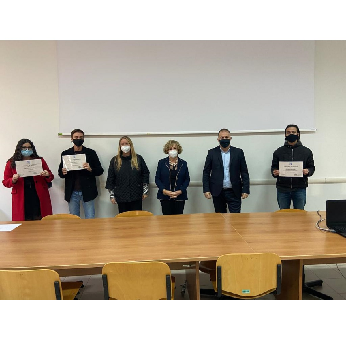 Premiati studenti meritevoli IIS Alessandrini Montesilvano foto