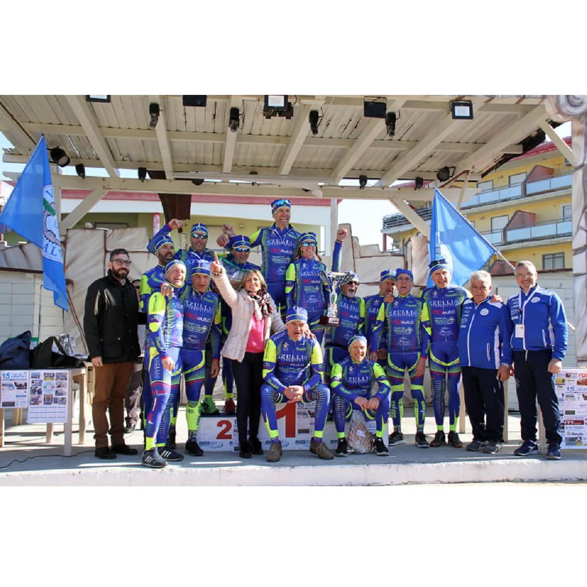 Ciclismo Amatoriale Trofeo Carnevale a San Salvo foto
