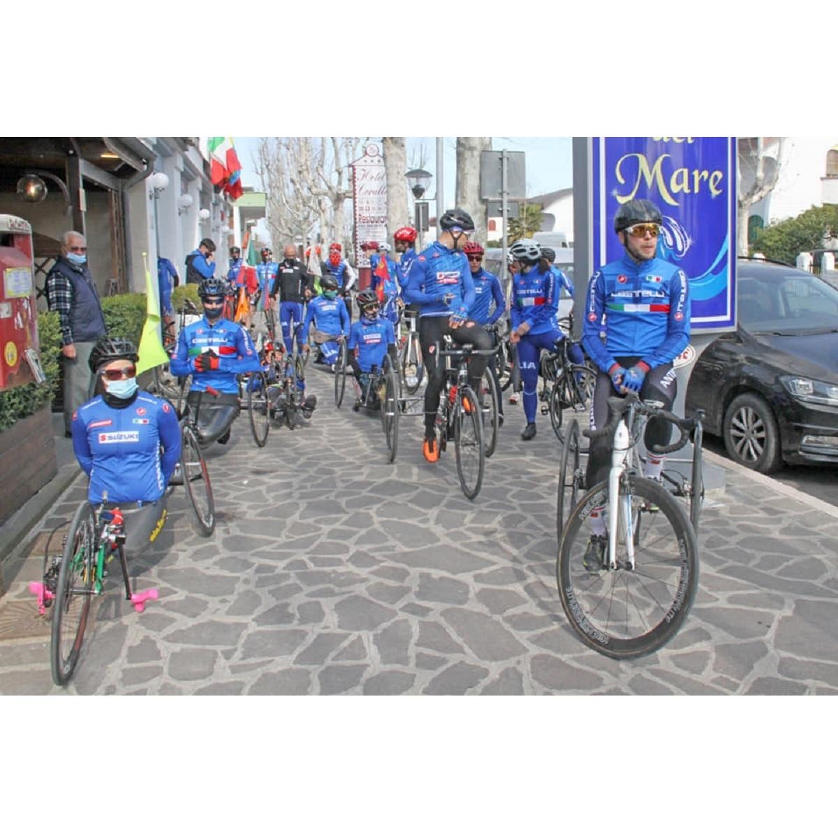 Francavilla al Mare concluso ritiro dei paraciclisti nazionali foto