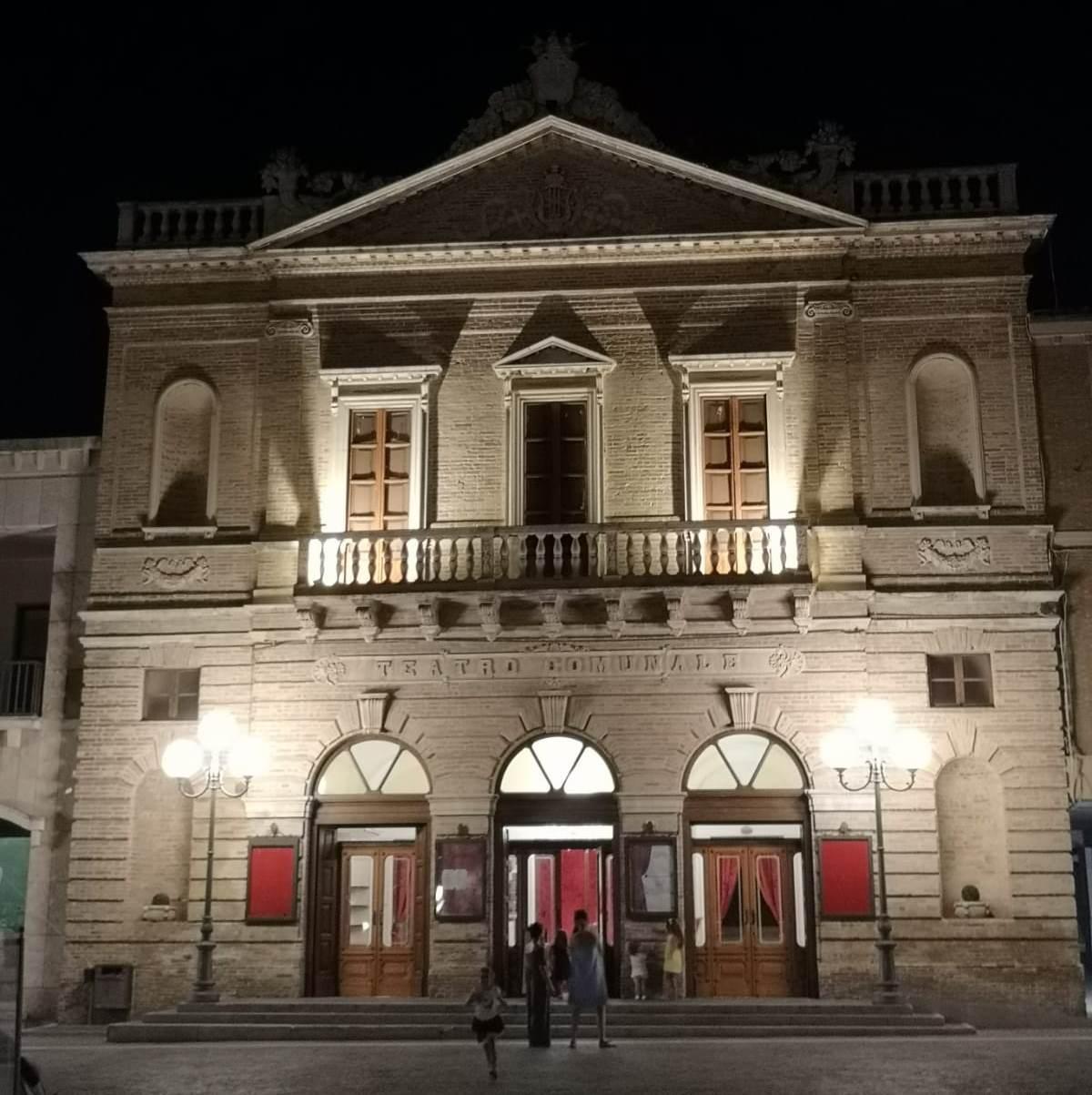 Il Teatro di Atri compie 140 anni foto