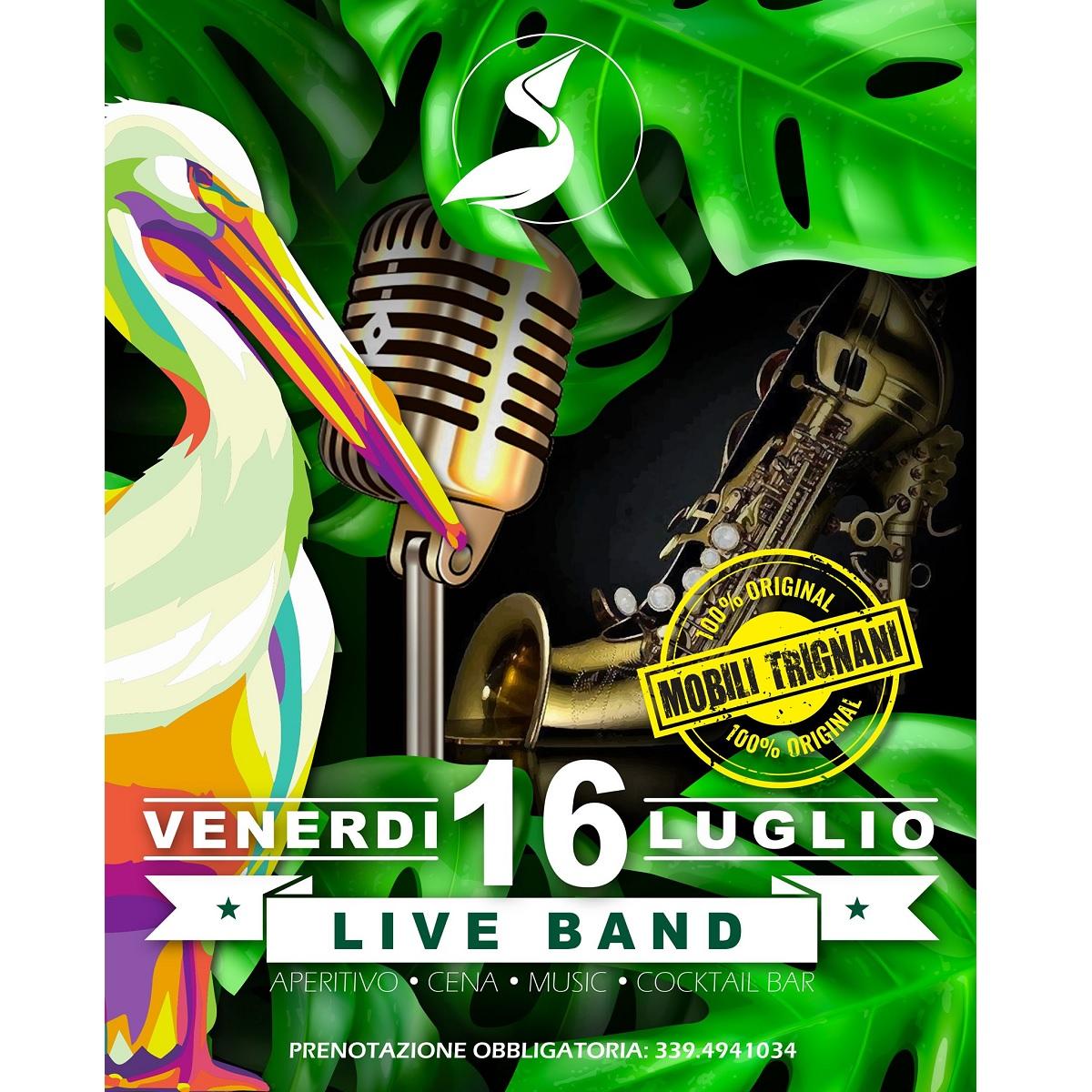 16 luglio 2021 Mobili Trignani live presso Bagni Riviera foto