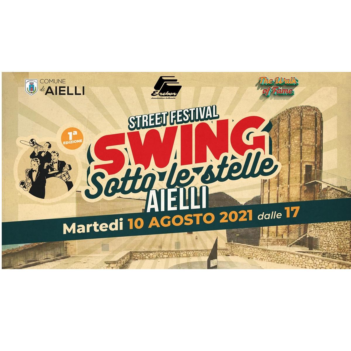 Swing Sotto le Stelle presso la Torre Delle Stelle foto